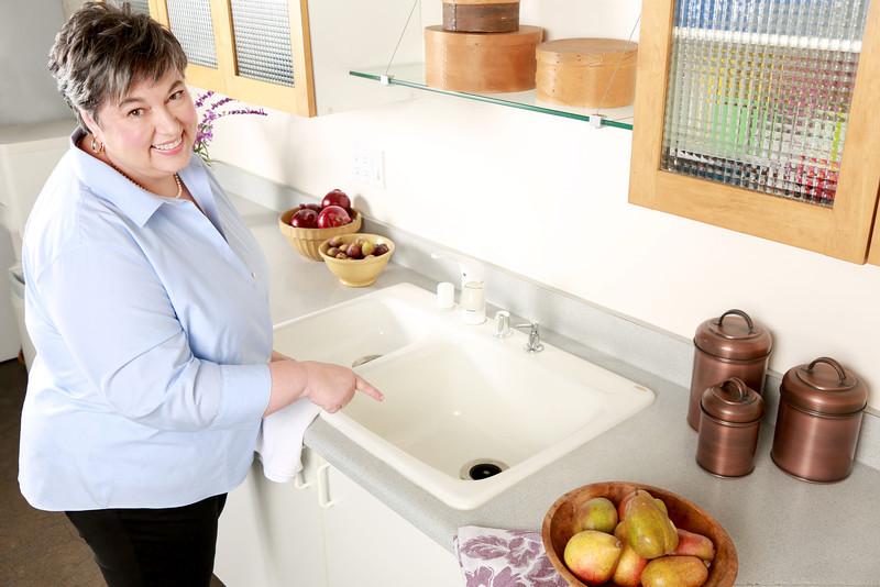 Cách xử lý căn bếp có mùi khó chịu
