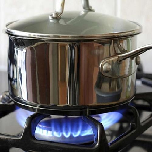 Hạn chế nấu cơm bằng bếp gas