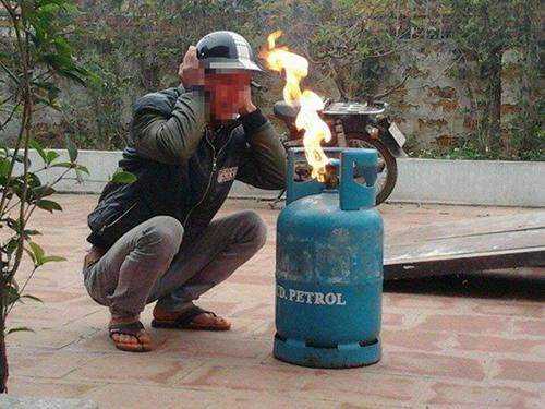 Những câu hỏi liên quan trực tiếp tới việc sử dụng bếp gas